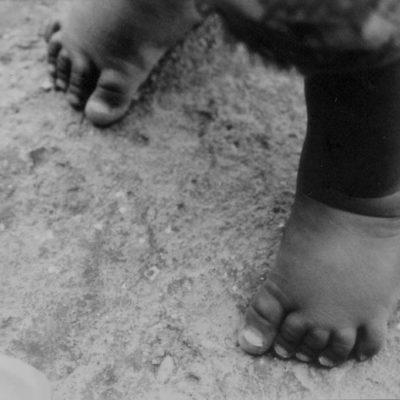 """Al Koudiat 2003. Mille miglia di cammino hanno inizio davanti ai tuoi piedi. dal """"Libro della via e delle virtù"""". Lao Tzu"""